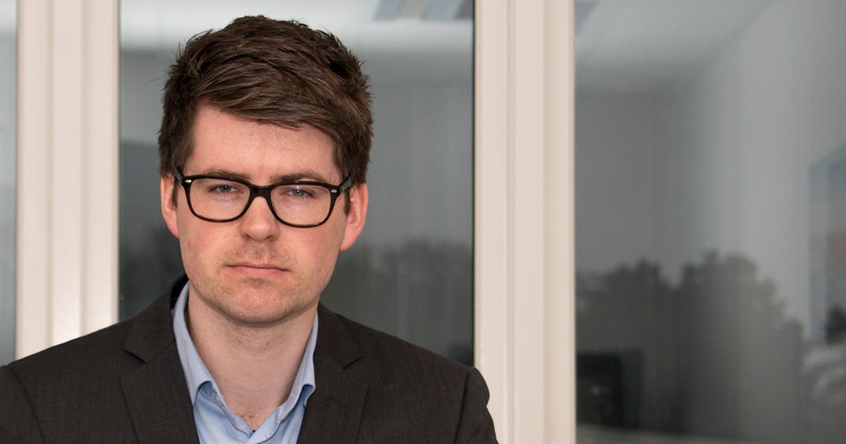 Ved å avklare forventninger og rydde i situasjonen, trenger ikke arveoppgjøret sette familiære relasjoner i fare, forteller advokat i Deloitte Lyngdal, Kjetil Mogård Bergem.