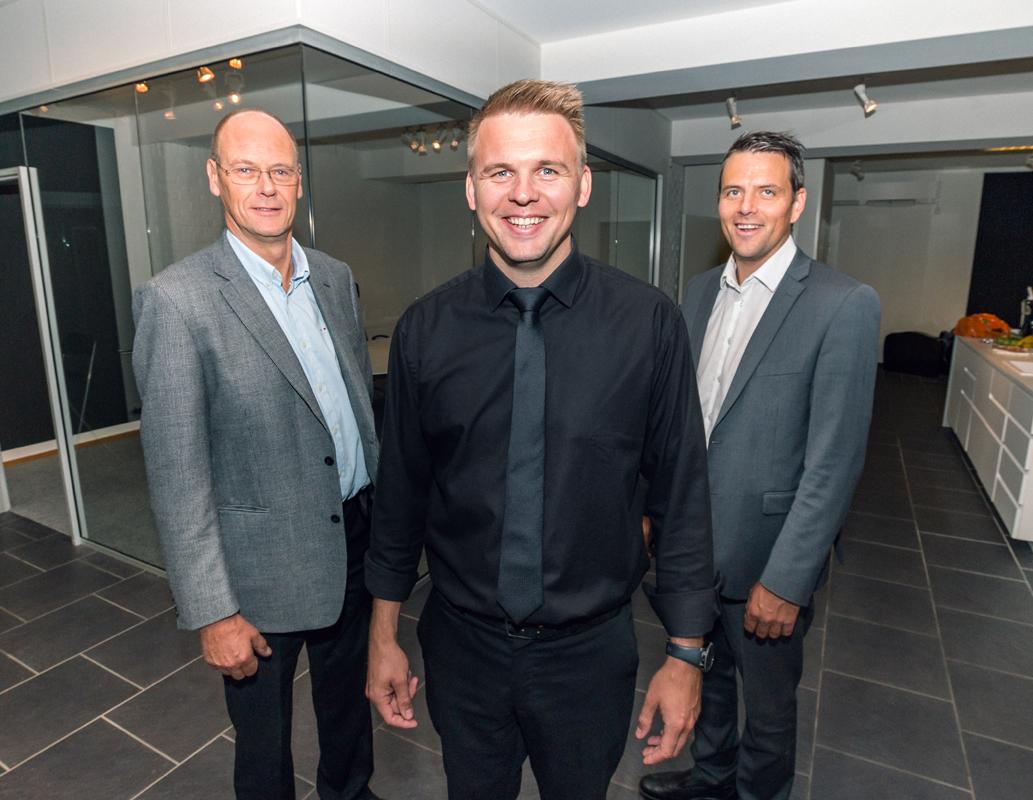Jan Arve Tjørsvåg (t.v.) Erik Lande og Arthur Robertson